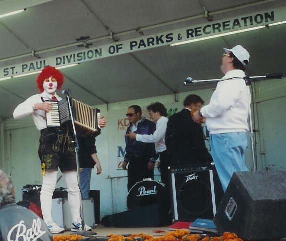 Description: http://worldwidepolka.com/Clown.jpg