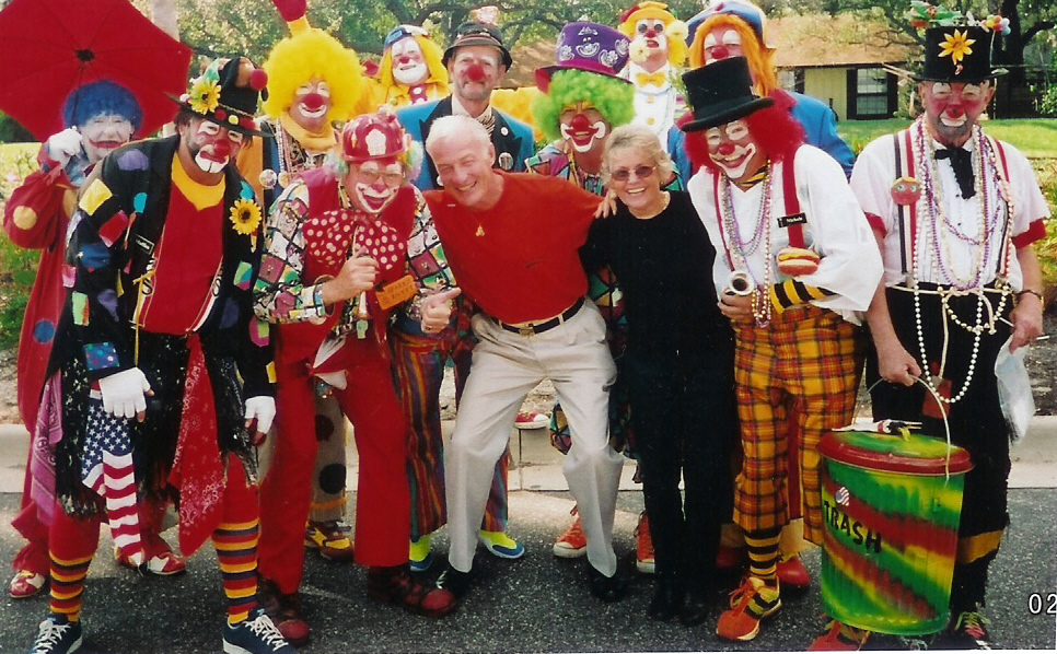 Description: http://worldwidepolka.com/Clowns.jpg
